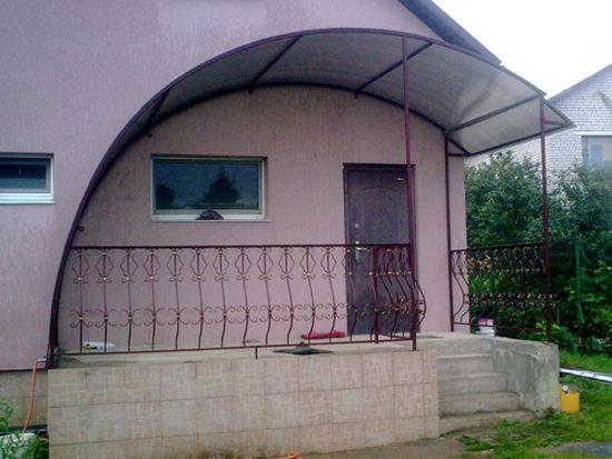 Навесы и козырьки из поликарбоната фото к частному дому